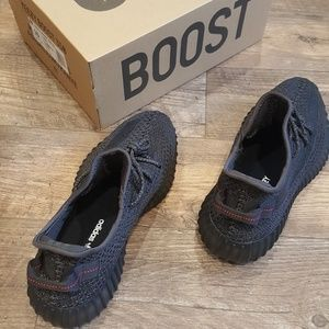 Yeezy Boost 350 V2 Black Reflective SZ 10 A++